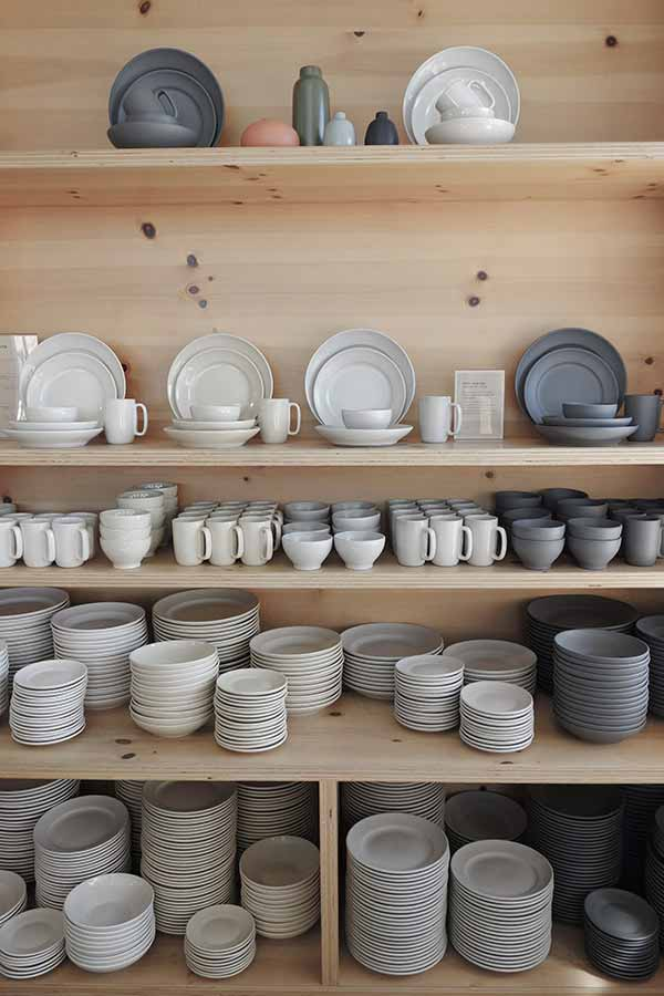 Heath Ceramics (picture via eclectictrends.com)